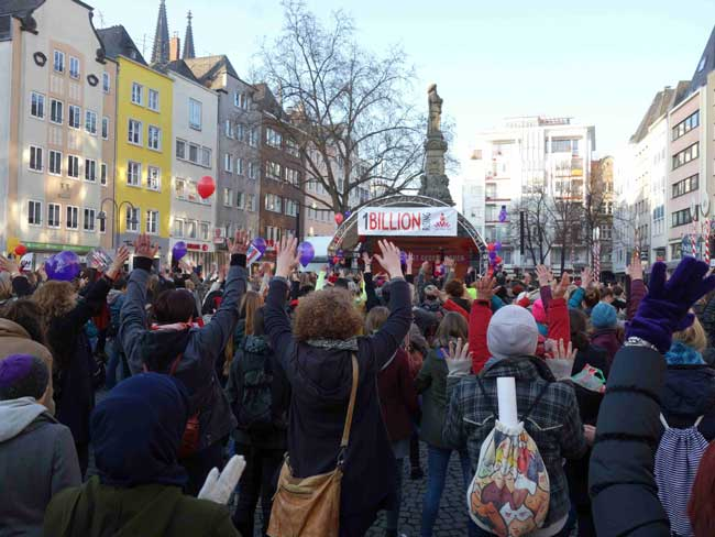ONE BILLION RISING in Köln 2017 auf dem Alter Markt